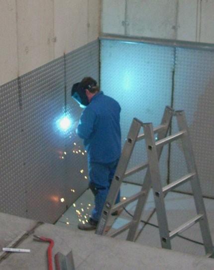 Raumauskleidung aus Stahl, verzinkt